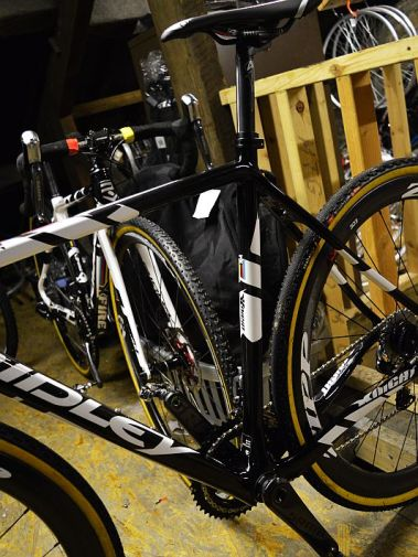 20140429-pedalsport-giant-cross3